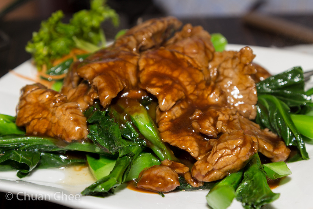 Sauteed Beef with Chinese Broccoli