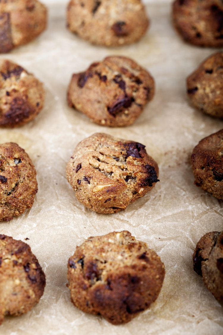 Ginger, Almond & Date Biscuits