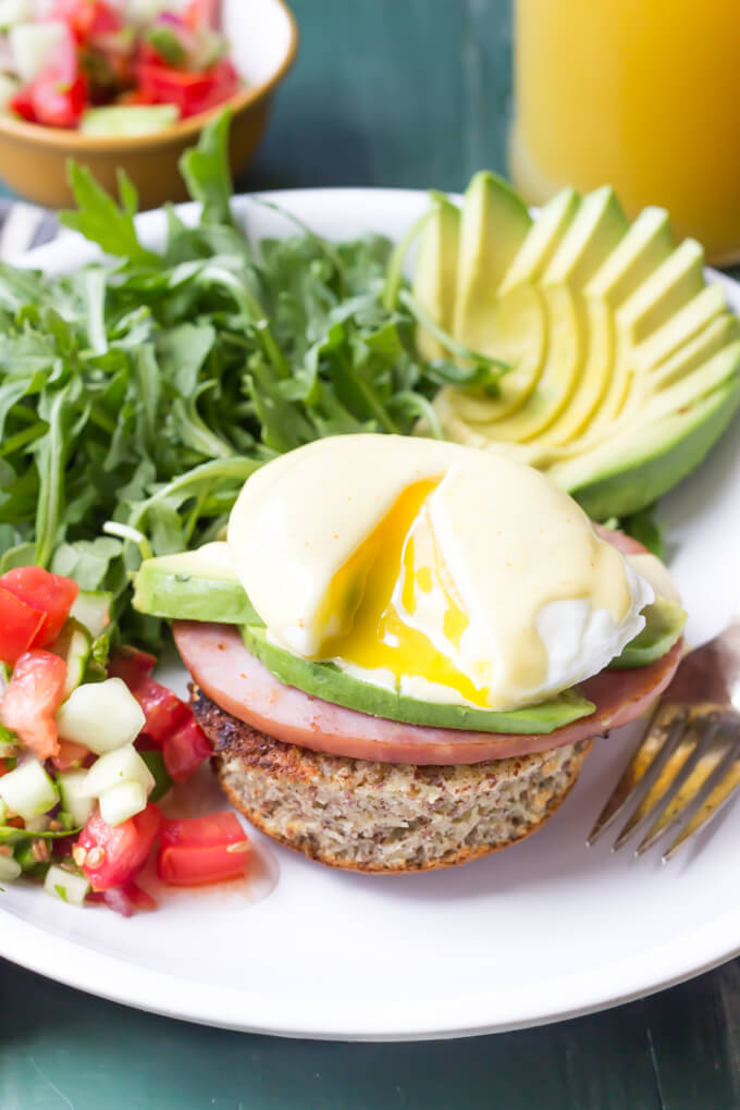 PALEO EGGS BENEDICT WITH CUCUMBER SALSA AND AVOCADO